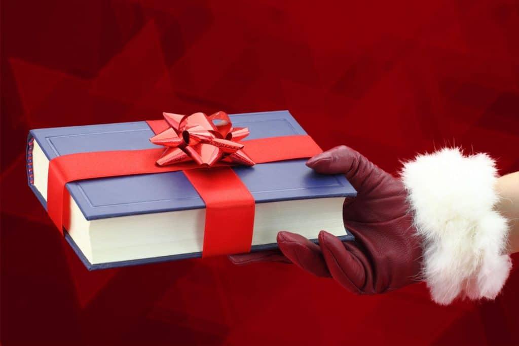 Подарок для любимого на новый год своими руками