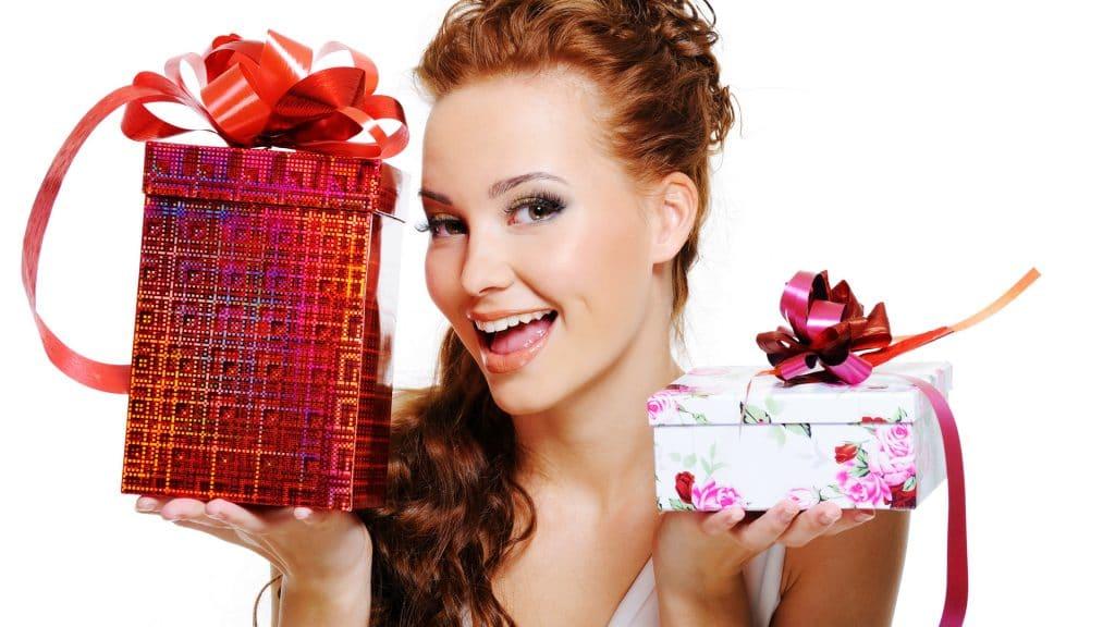 Что подарить на 35 лет женщине