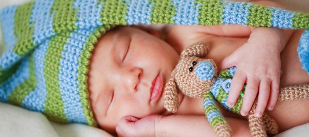 что можно подарить новорожденному мальчику