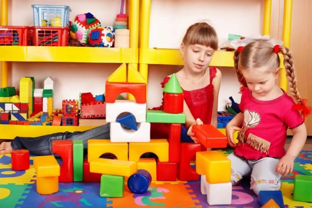 Подарок детскому саду - новый конструктор