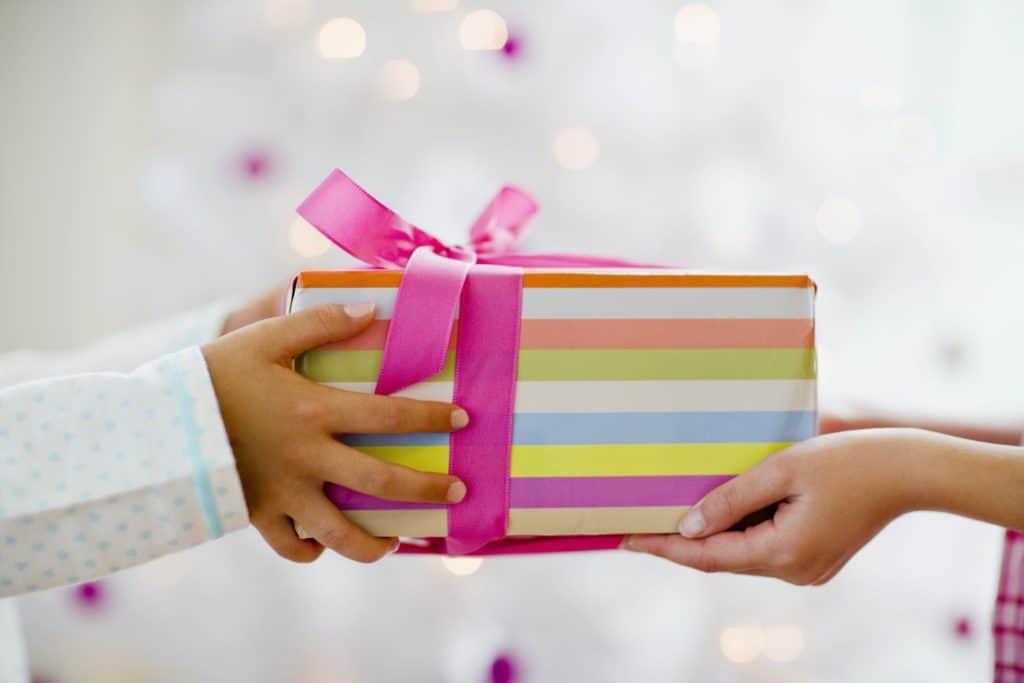 Подарок для сестры своими руками
