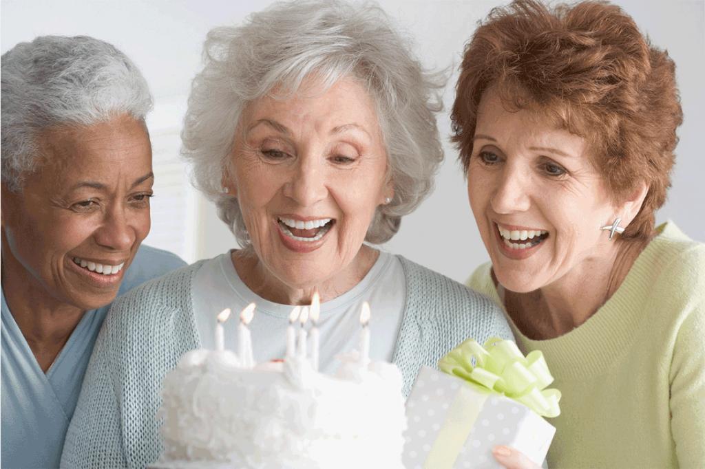 подарок на 70 лет женщине