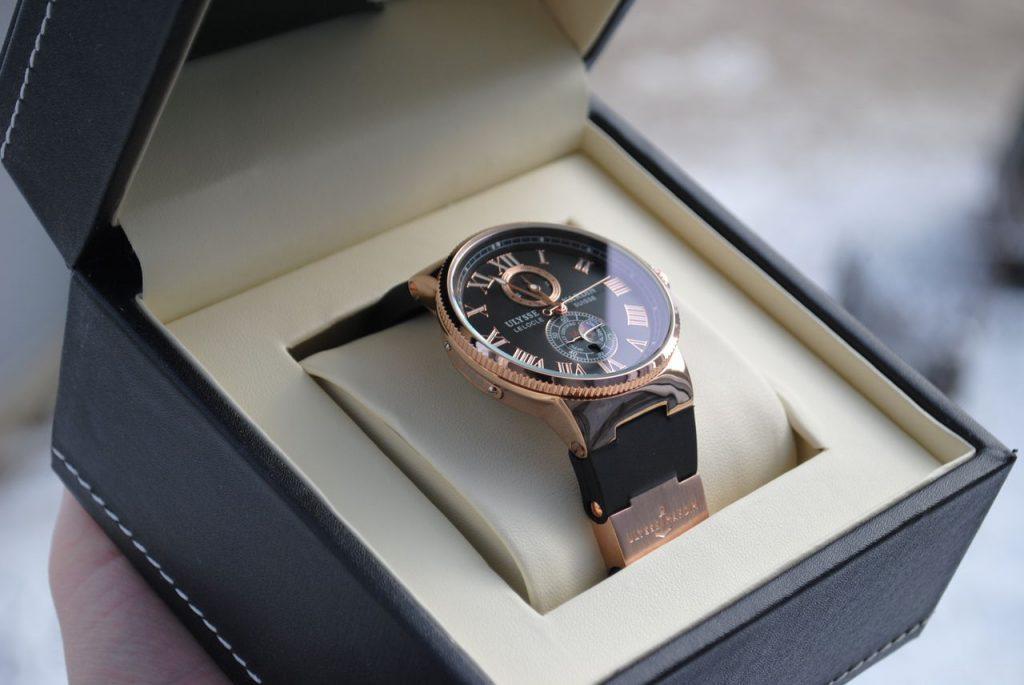 Часы на топазовую свадьбу