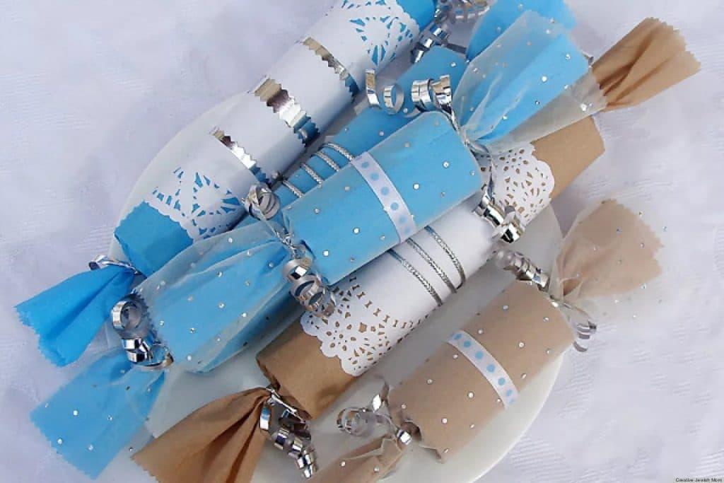 Упаковка новогоднего подарка - конфета