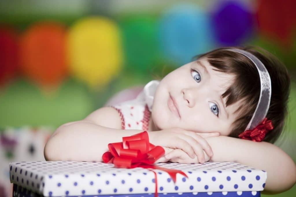 ремонт Как сто подарить дочке на новый год стих выбран