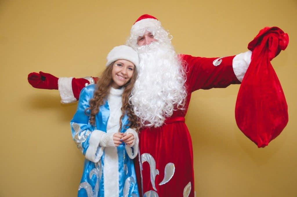 Одежда Деда Мороза и Снегурочки