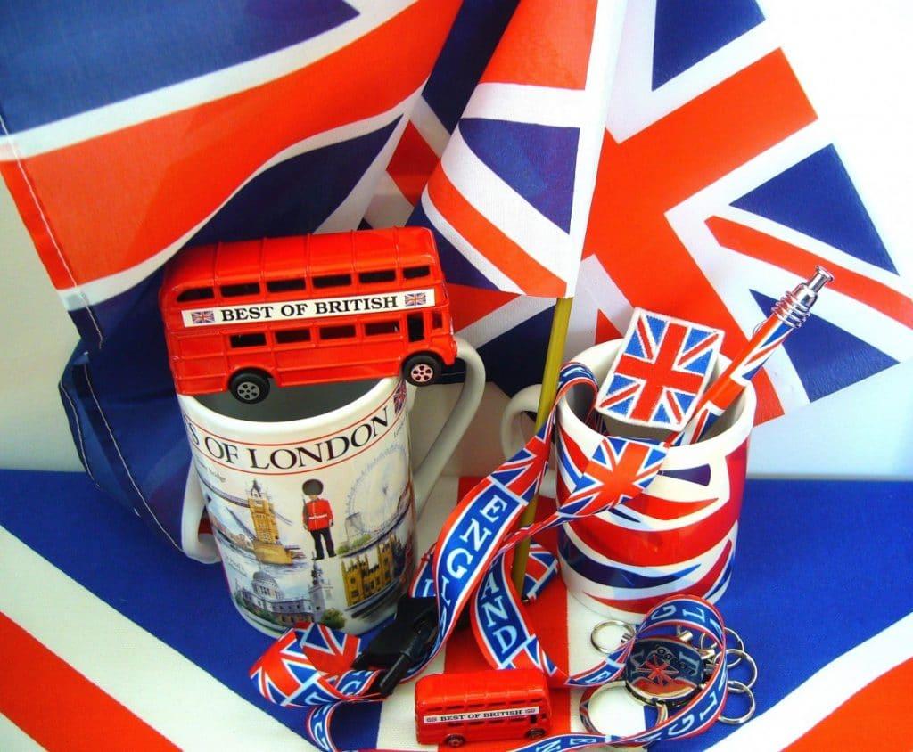 Сувениры с символикой Великобритании